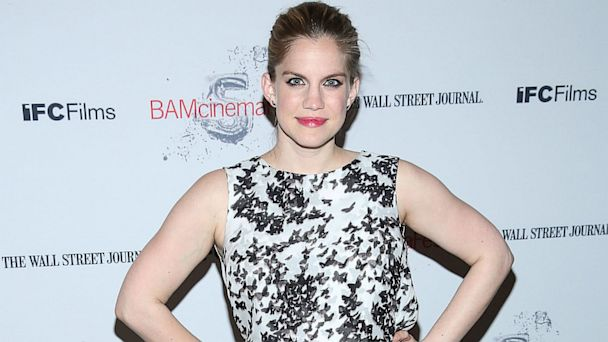 gty anna chlumsky mi 130718 16x9 608 Anna Chlumsky Welcomes Daughter, Gets First Emmy Nod