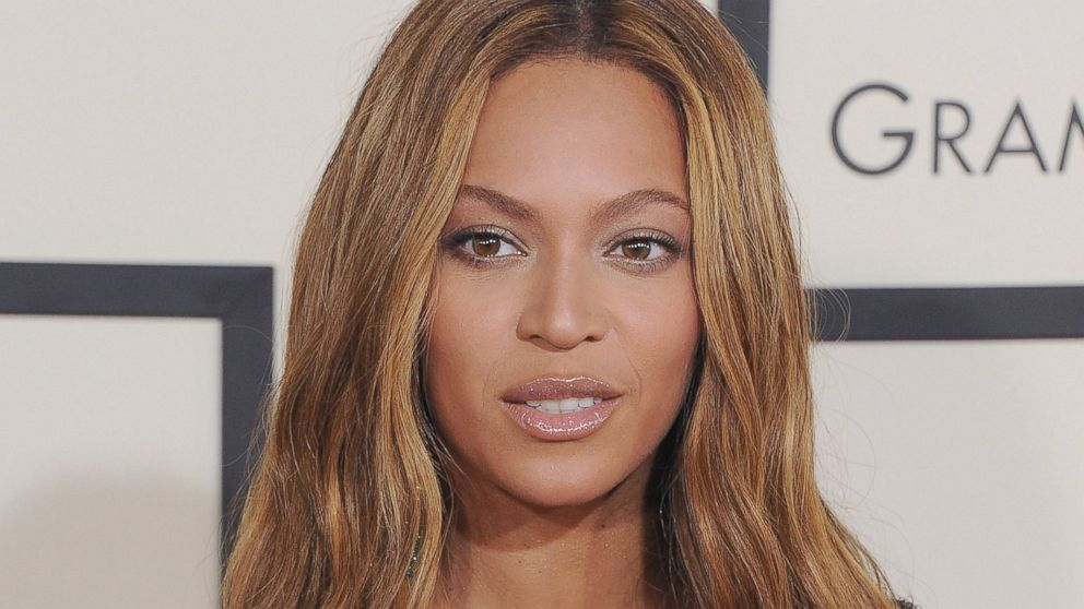 ' ' from the web at 'http://a.abcnews.com/images/Entertainment/gty_beyonce_jc_150518_16x9_992.jpg'