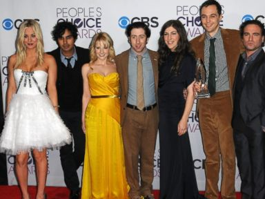 PHOTO: The cast of The Big Bang Theory participates at the 39th Annual Peoples Choice Awards - Press Room on Jan. 9, 2013 in Los Angeles.