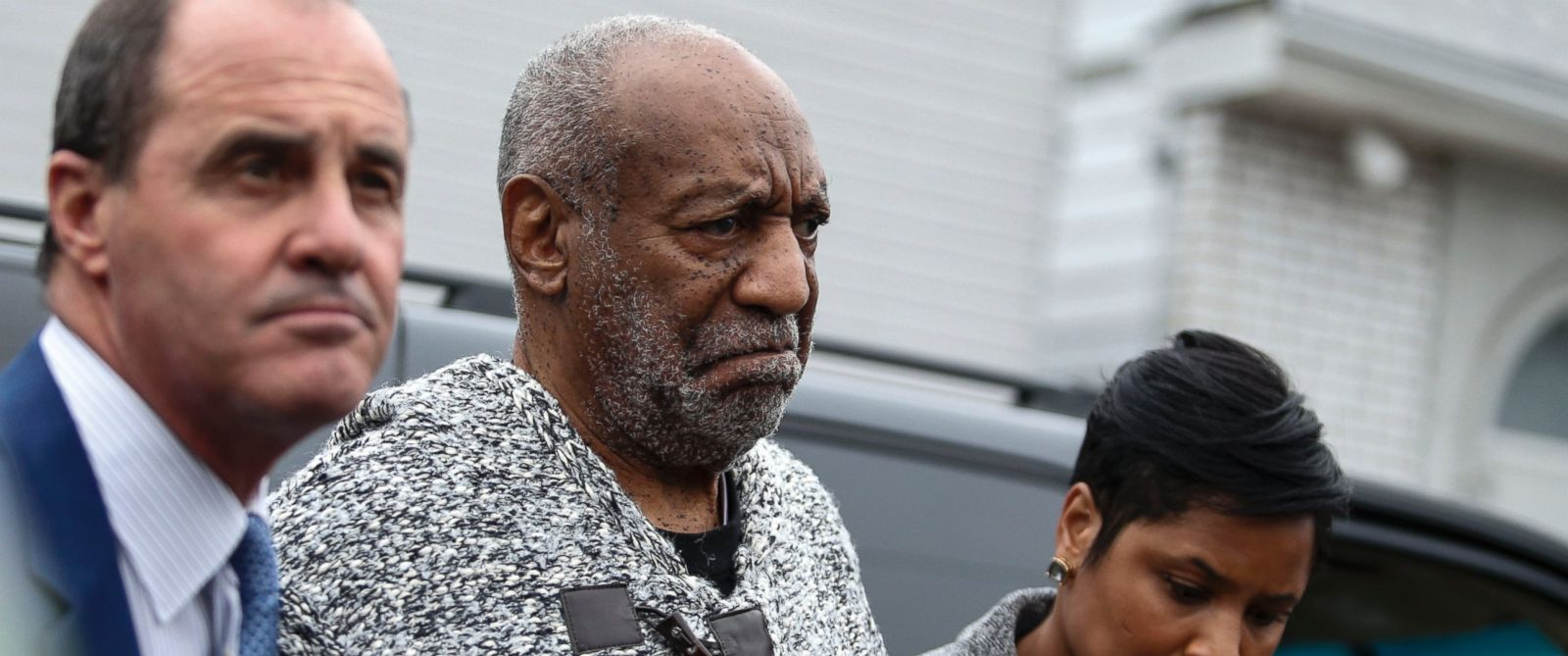 PHOTO: Bill Cosby arrives to the Court House in Elkins Park, Pa. to face a charge of aggravated indecent assault, Dec. 30, 2015.