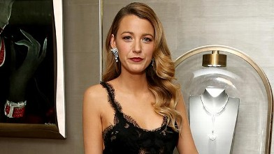 Blake Lively Dazzles at Diamond Launch