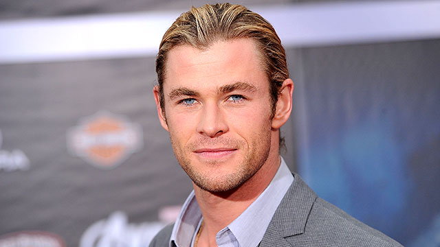 PHOTO: Chris Hemsworth arrives at the premiere of Marvel Studios' 'The Avengers' at the El Capitan Theatre on April 11, 2012 in Hollywood, Calif.