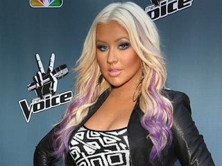 Photos: Christina Aguilera's Purple Tresses
