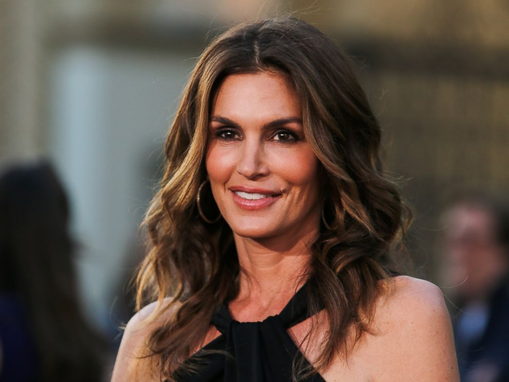 PHOTO: Cindy Crawford attends the premiere of Return To Zero at the Paramount Theater on the Paramount Studios lot on May 1, 2014 in Hollywood, Calif.