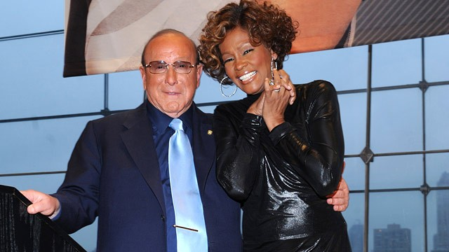 PHOTO: Under Clive Davis' Guidance, Whitney Houston Became World Superstar