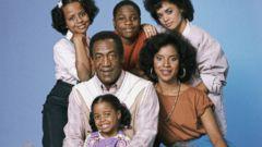 "PHOTO: Tempestt Bledsoe as Vanessa Huxtable, Malcolm-Jamal Warner as Theo Huxtable, Lisa Bonet as Denise Huxtable, Phylicia Rashad as Clair Hanks Huxtable, Keshia Knight Pulliam as Rudy Huxtable, Bill Cosby as Dr. Cliff Huxtable from ""The Cosby Show""."
