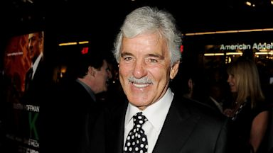 PHOTO: Dennis Farina arrives at the pre