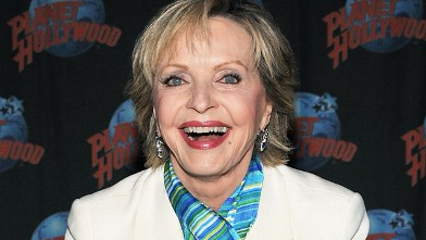 PHOTO: Florence Henderson visits Planet Hollywood Times Square for a handprint ceremony, on December 10, 2010 in New York City.