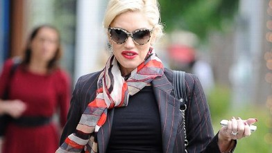 Gwen Stefani Looks Bigger Than Ever!