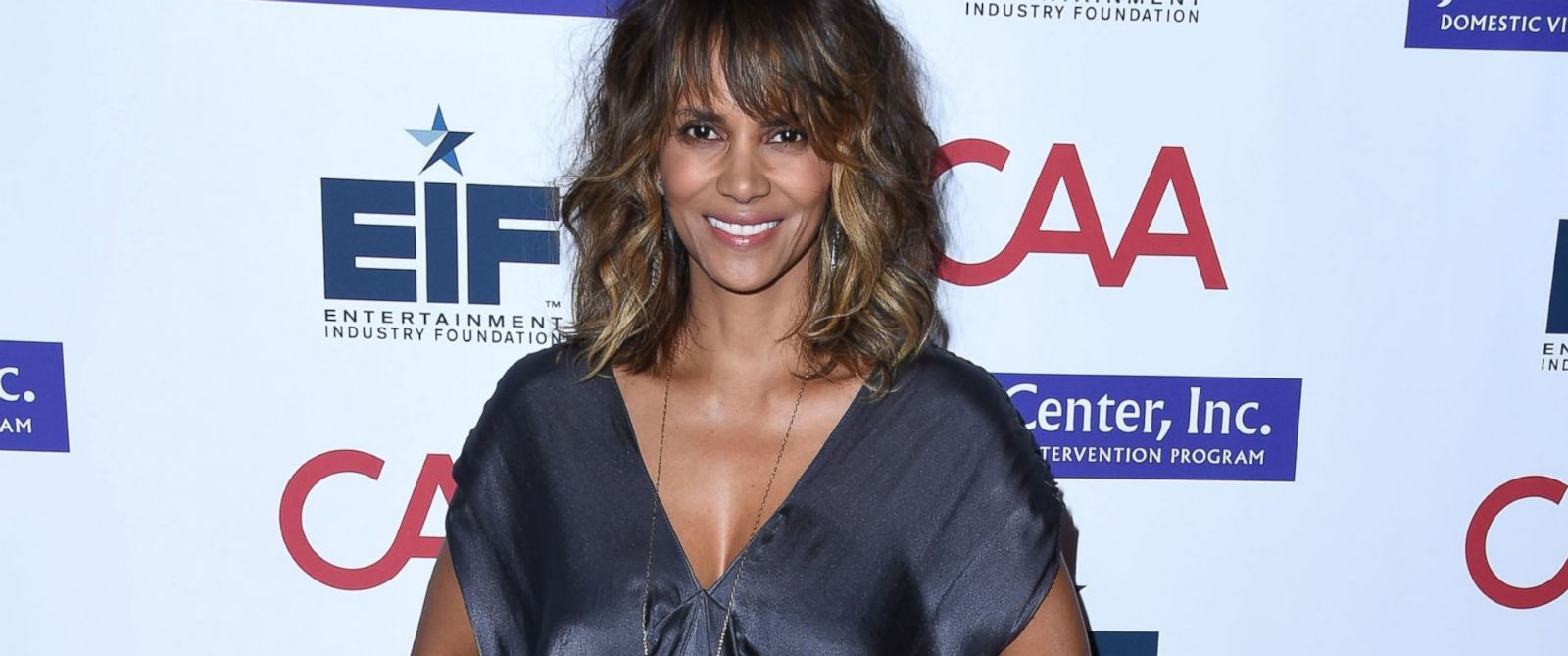 """PHOTO:Halle Berry arrives at the Entertainment Industry Foundations """"Imagine"""" Benefit Fundraiser, Nov. 4, 2015, in Beverly Hills, Calif."""