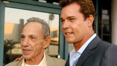 PHOTO: Henry Hill and Ray Liotta are seen at Matteo's Italian Restaurant in Los Angeles, Calif.
