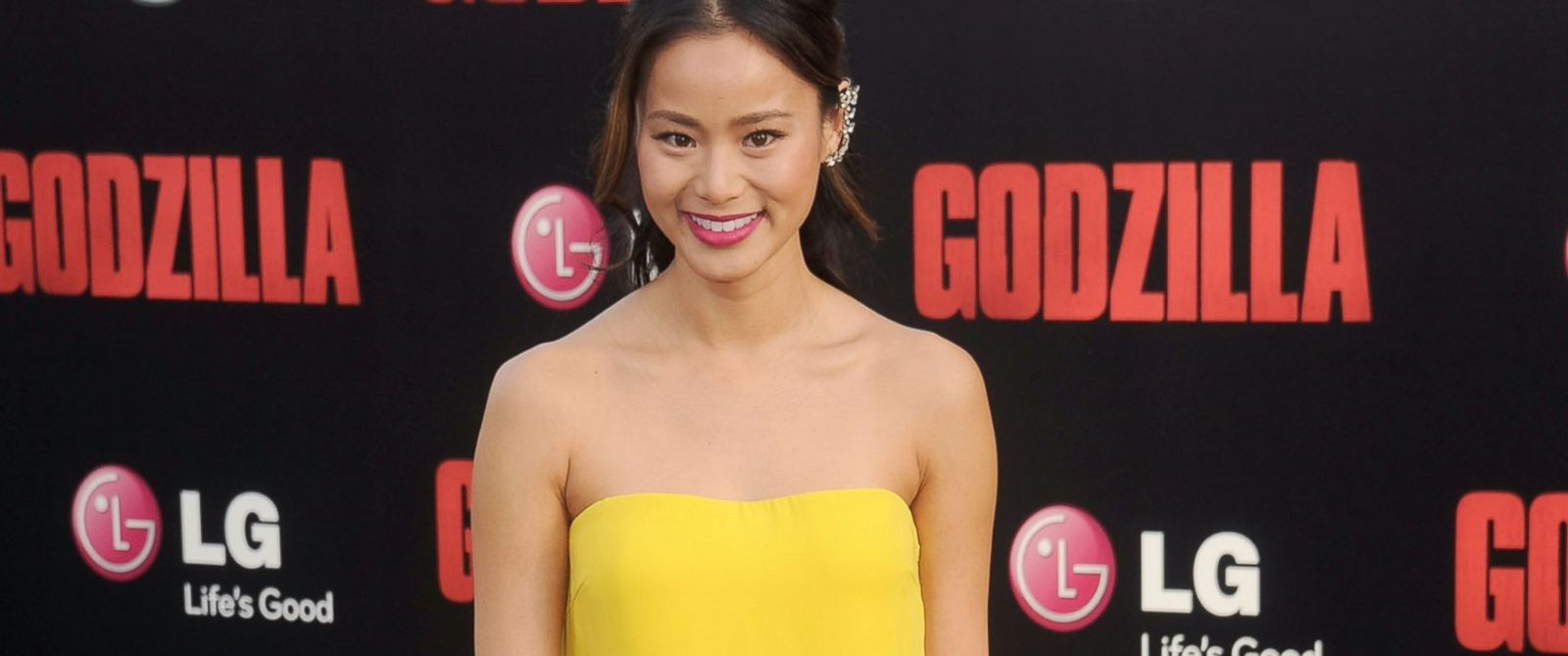 "PHOTO: Actress Jamie Chung arrives at the Los Angeles premiere of ""Godzilla"" at Dolby Theatre, May 8, 2014 in Hollywood, California."