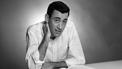 "PHOTO: Author JD Salinger poses for a portrait as he reads from his classic American novel ""The Catcher in the Rye"" on Nov. 20, 1952 in the Brooklyn, New York."