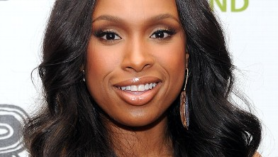 PHOTO: Jennifer Hudson arrives to the auction following the Revlon concert for The Rainforest Fund at The Pierre Hotel, April 3, 2012 in New York City.