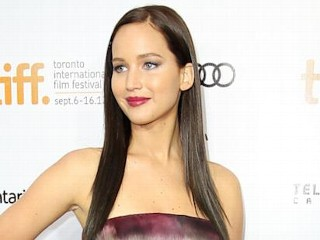 Photos: Jennifer Lawrence Shows Off Darker Hairstyle