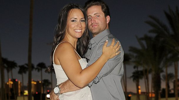 gty jesse ann csincsak jtm 130918 16x9 608 Bachelorette Winner Jesse Csincsak and Wife Ann Expecting Baby No. 2