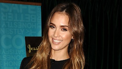 PHOTO: Jessica Alba signs copies of her new book &quot;The Honest Life&quot; at Vroman's Bookstore on March 16, 2013, in Pasadena, Calif.