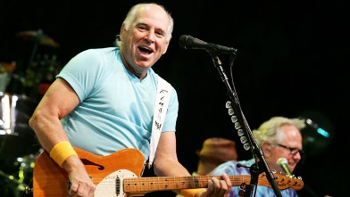 PHOTO: Jimmy Buffett performs at Sprint Center on April 30, 2011 in Kansas City, Missouri.
