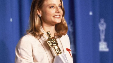 PHOTO: Dorothy Chandler Pavilion, Los Angeles, California American actress Jodie Foster poses backstage with her 'Oscar' award for Best Actress in a Leading Role for her performance in the film 'The Silence of the Lambs,'on March 30, 1992.