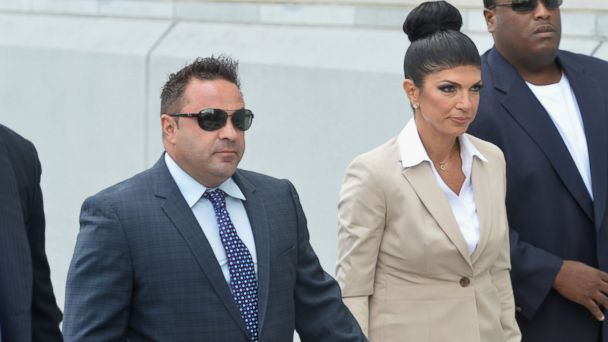 "PHOTO: Giuseppe ""Joe"" Giudice and wife Teresa Giudice appear in court during a bankruptcy case, Aug. 14, 2013, in Newark, N.J."