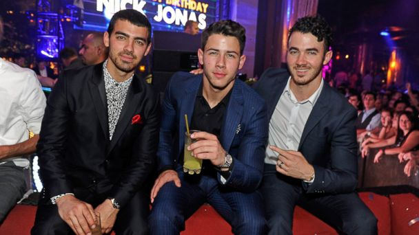 gty jonas brothers ll 131023 16x9 608 Joe Jonas Asks Fans for Patience Over Creative Rift