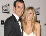 PHOTO: Justin Theroux and Jennifer Aniston attend the American Cinematheque 26th annual award presentation at The Beverly Hilton Hotel, Nov. 15, 2012 in Beverly Hills.