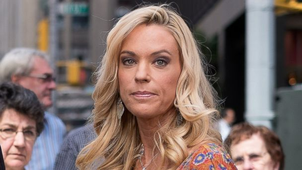 gty kate gosselin ll 131106 16x9 608 Kate Gosselins Twin Girls Reveal How Divorce Affected Them