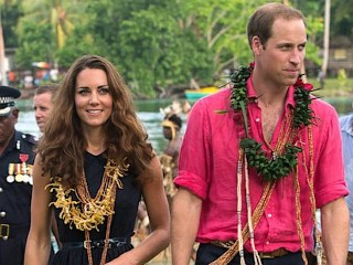 Photos: Kate Middleton Lets Her Hair Down