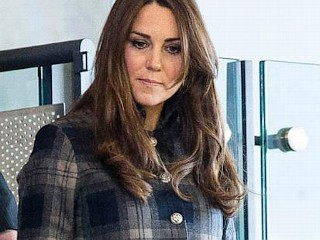 Photos: Kate Pays Tribute to Scotland With Tartan Coat