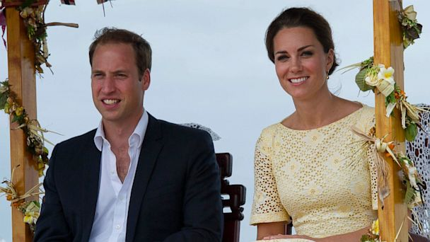 PHOTO: Catherine, Duchess of Cambridge and Prince William, Duke of Cambridge