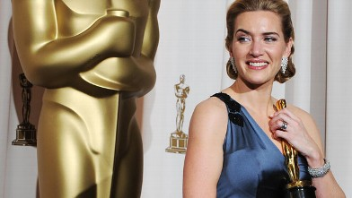 PHOTO: Best Actress winner Kate Winslet poses with her trophy at the 81st Academy Awards at the Kodak Theater in Hollywood, California on February 22, 2009.