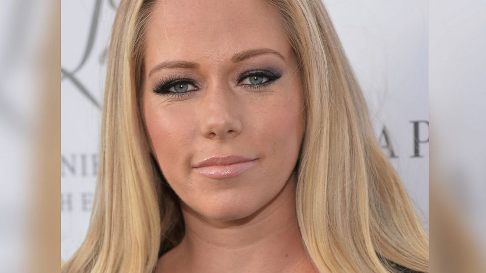 Kendra wilkinson videos at abc news video archive at abcnews com