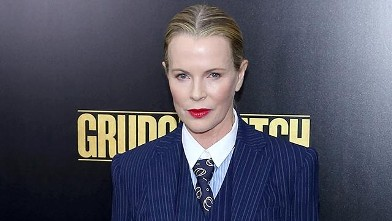 Kim Basinger Stuns at 60