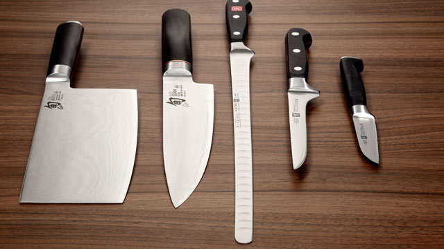 PHOTO: Sara Moulton recommends that home cooks use a 10-inch chefs knife.