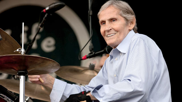 PHOTO: Levon Helm performs at the 2011 Life is Good Festival at the Prowse Farm on Sept. 25, 2011 in Canton, Massachusetts.