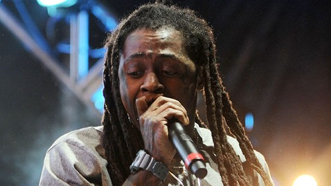 gty lil wayne jef 130618 wblog Lil Wayne: Never Intended to Desecrate Flag
