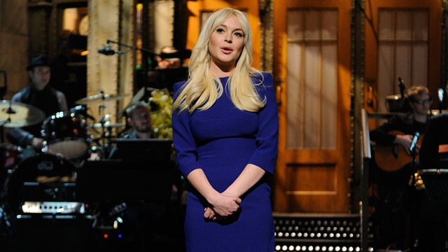 PHOTO: Lindsay Lohan appears on Saturday Night Live