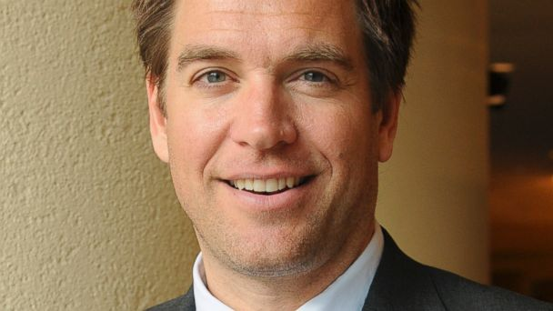 The 49-year old son of father Michael and mother Patricia, 188 cm tall Michael Weatherly in 2018 photo