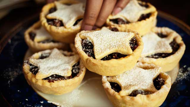 PHOTO: Mincemeat pie is made with meat, beef fat, fruit and spices.