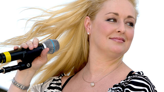 PHOTO: Mindy McCready performs at the Greased Lightning Daytime Stages during the 2008 CMA Music Festival, Riverfront Park, Nashville, Tennessee, June 5, 2008.