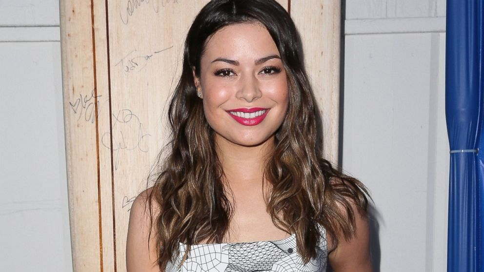 Miranda Cosgrove attends the Nautica and LA Confidential s Oceana    Miranda Cosgrove House