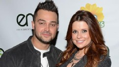 PHOTO: Professional baseball player Nick Swisher and actress JoAnna Garcia Swisher attend Celebrities and the EMA Help Green Works Launch New Campaign at Sur Restaurant, Jan. 23, 2013, in Los Angeles.