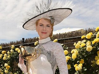 Photos: Kidman Channels Hepburn