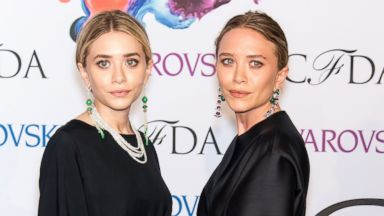 PHOTO: Designers Ashley Olsen (L) and Mary-Kate Olsen attend the 2014 CFDA fashion awards at Lincoln Center on June 2, 2014 in New York City.