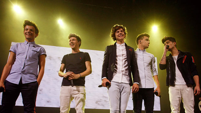 PHOTO: Left to right; Louis Tomlinson, Niall Horan, Harry Styles, Liam Payne and Zayn Malik of One Direction perform on stage at The Roundhouse, Sept. 20, 2012 in London, United Kingdom.