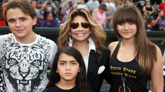 PHOTO: Prince Jackson, La Toya Jackson, Prince Michael Jackson II and Paris Jackson attend the St. Paul Saints Vs. The Gary SouthShore RailCats baseball game at U.S. Steel Yard, Aug. 30, 2012, in Gary, Indiana.