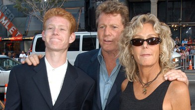 PHOTO: Ryan O'Neal, son Redmond and Farrah Fawcett arrive at <p> &quot;Malibu's Most Wanted&quot; Los Angeles Premiere, April 10, 2003.