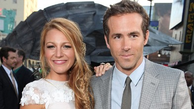 PHOTO: Blake Lively and Ryan Reynolds at Warner Bros. Premiere of &quot;Green Lantern&quot; at Grauman's Chinese Theatre on June 15, 2011 in Hollywood, Cali.