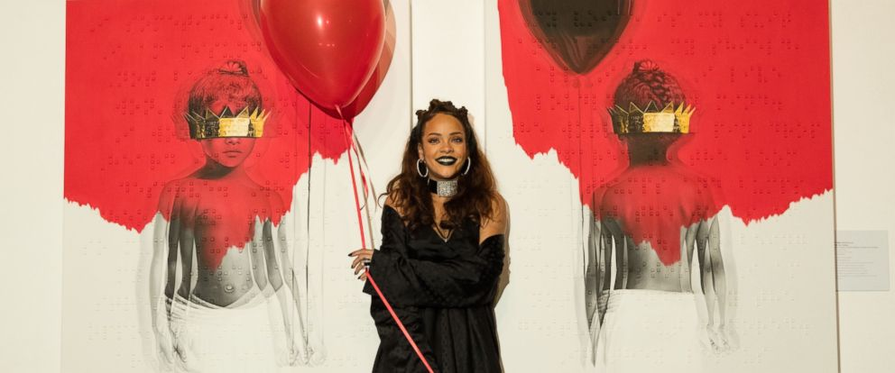 "PHOTO: Rihanna at her reveal of her 8th album artwork for ""ANTI"" at MAMA Gallery on Oct. 7, 2015 in Los Angeles."