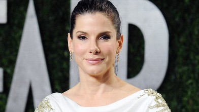PHOTO: Sandra Bullock arrives at the 2012 Vanity Fair Oscar Party at Sunset Tower in this Feb. 26, 2012 file photo in West Hollywood, Cali.
